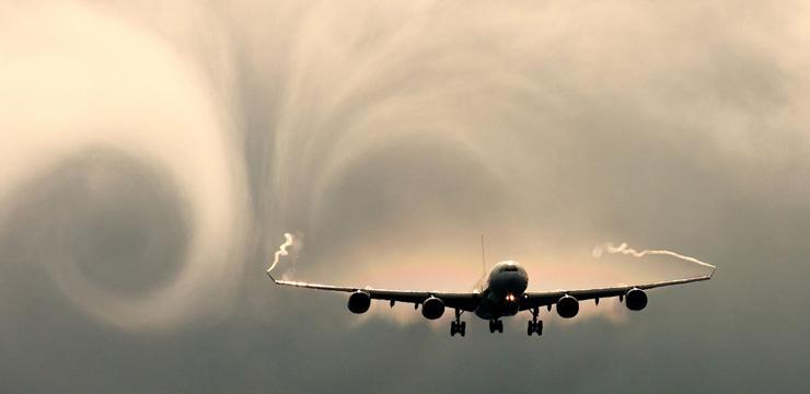 urcarea-şi-coborârea-altitudinii-turbulenţa-și-golurile-de-aer