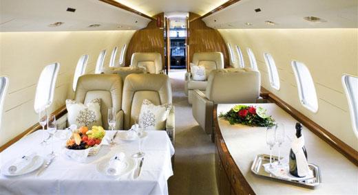 Ce este un zbor charter (închiriat)?